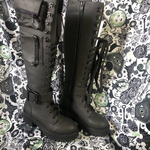 Current Mood Obsidian Pocket Combat Boots